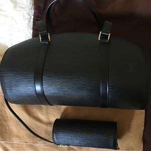 Louis Vuitton Authentic Epi Leather Soufflot Bag